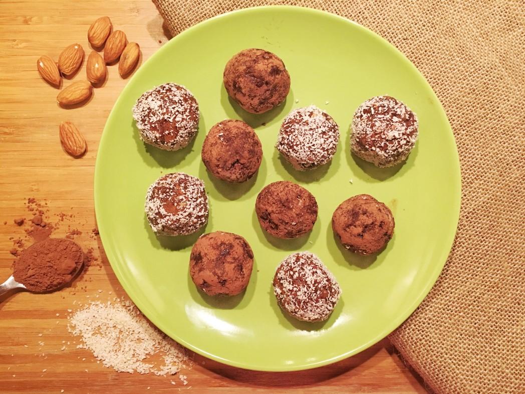 Chocolicious Protein Truffles
