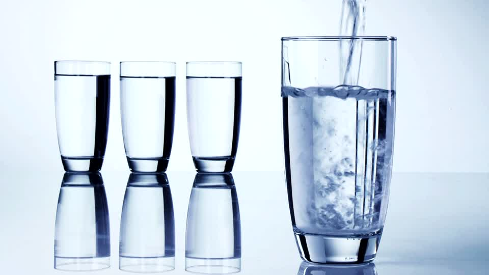 WATER – 10 Reasons why you should drink up